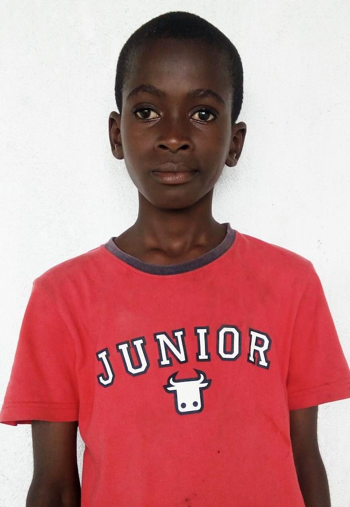 4th Grade, 11 Years old, Male, Liberia